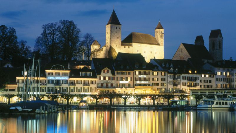 Canton-of-St-Gallen-Lake-Zurich-Switzerland